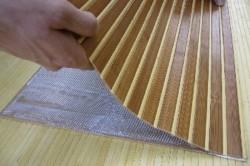 Монтаж бамбуковых обоев