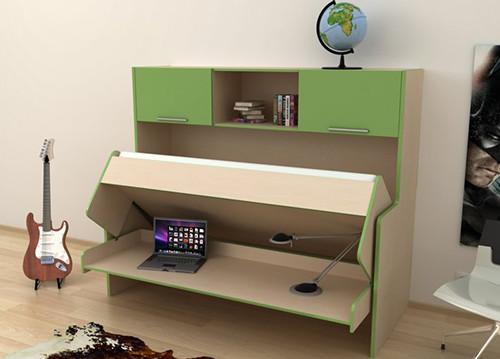 Удобный стол кровать в детской комнате