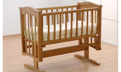 Кроватка-качалка из дерева