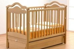 Решетка в детской кроватке