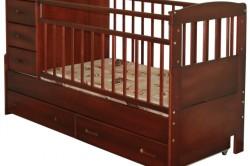 Кроватка с комодом и столиком для пеленания
