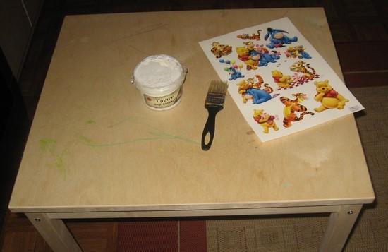 Podgotovka-stolika-k-dekupazhu Декупаж детского столика своими руками: подготовка, декорирование